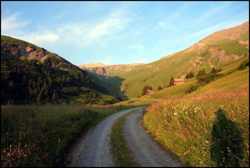 Le principe : marcher jusqu'au soleil couchant